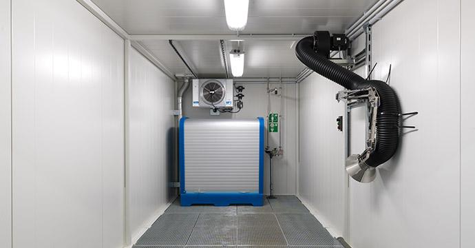 L'interno di uno dei depositi BMC, accessibili al personale