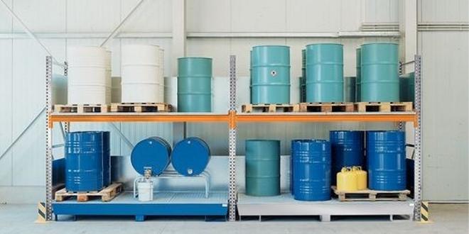 Scaffalature per sostanze pericolose - la soluzione per grandi quantità di contenitori