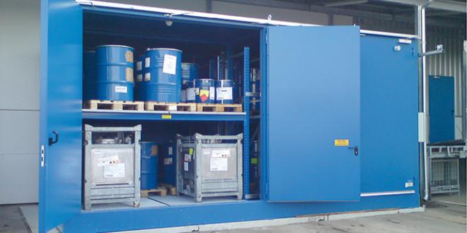 Depositi di stoccaggio antigelo e antincendio per inchiostri e solventi infiammabili di Costantia Nusser